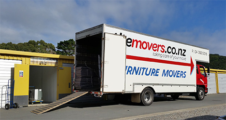 The Movers - Truck